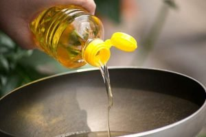 Raha Cooking Oil 2L Zimbabwe