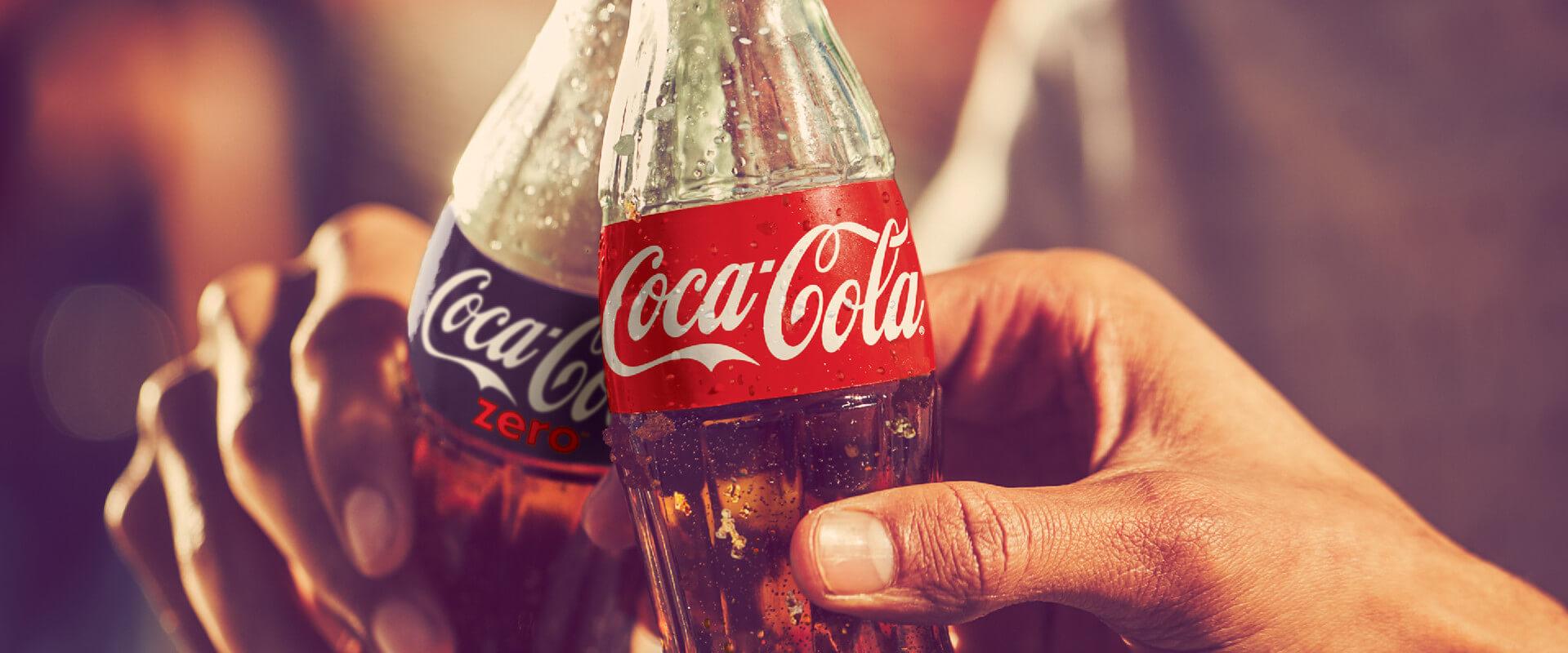 Coca-Cola Can 330Ml 4