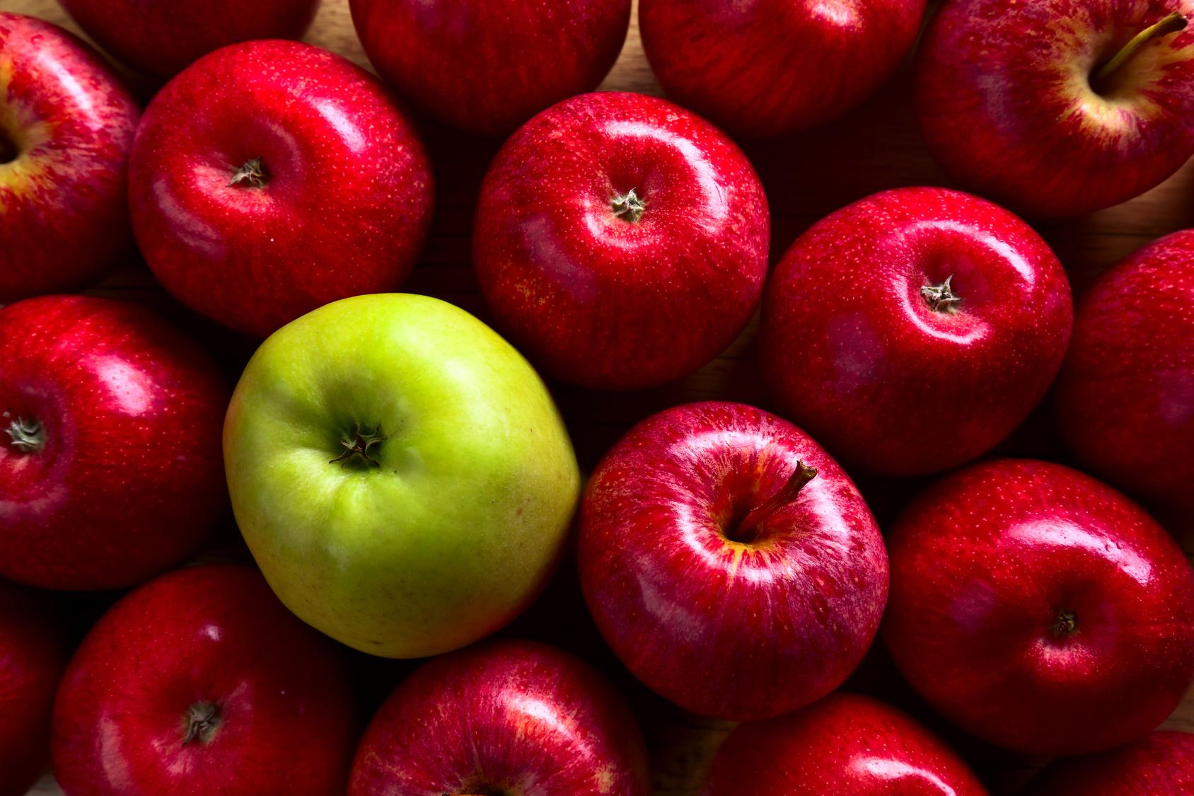 top-red-apples-1.5kg-groceries-in-zimbabwe